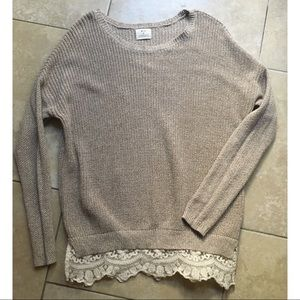 Urban Outfitters > Sweater